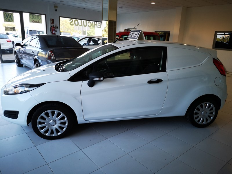 FORD Fiesta 1.5 TDCi  75cv  Trend  Comercial  52