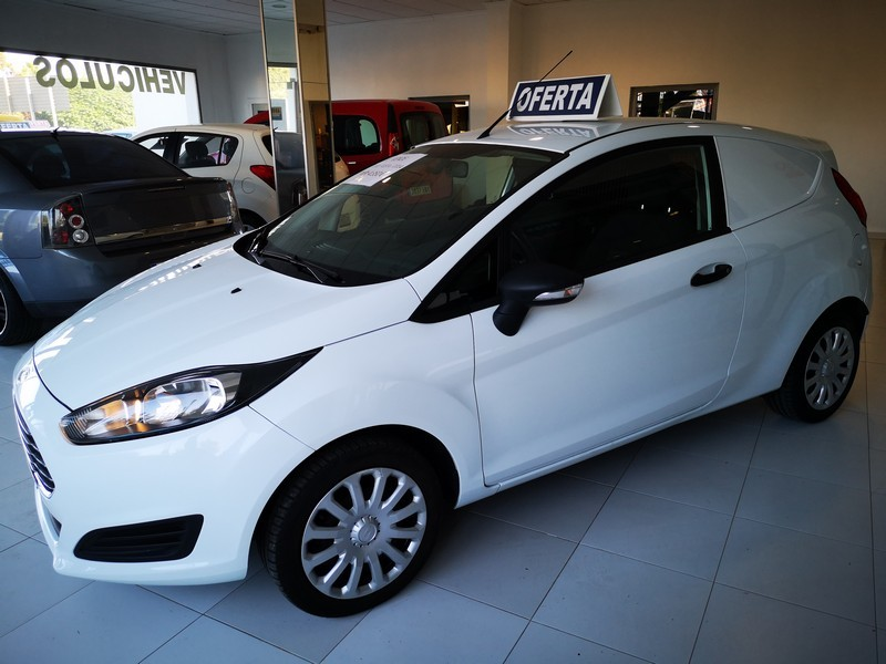 FORD Fiesta 1.5 TDCi  75cv  Trend  Comercial  53