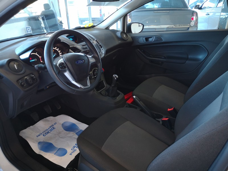 FORD Fiesta 1.5 TDCi  75cv  Trend  Comercial  55