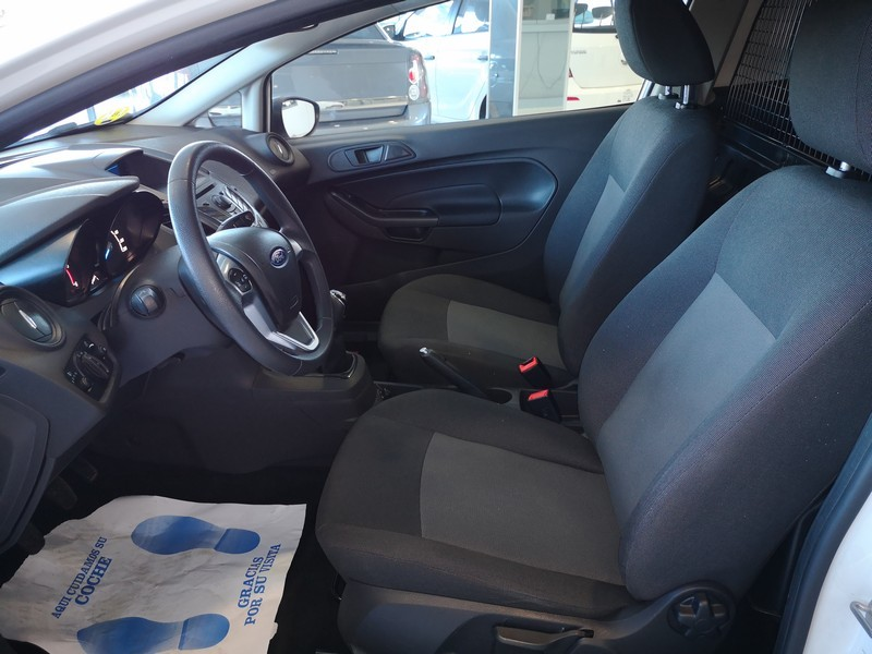 FORD Fiesta 1.5 TDCi  75cv  Trend  Comercial  56