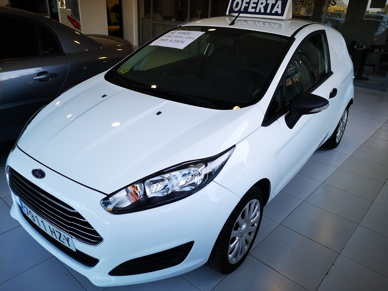 FORD Fiesta 1.5 TDCi  75cv  Trend  Comercial  67