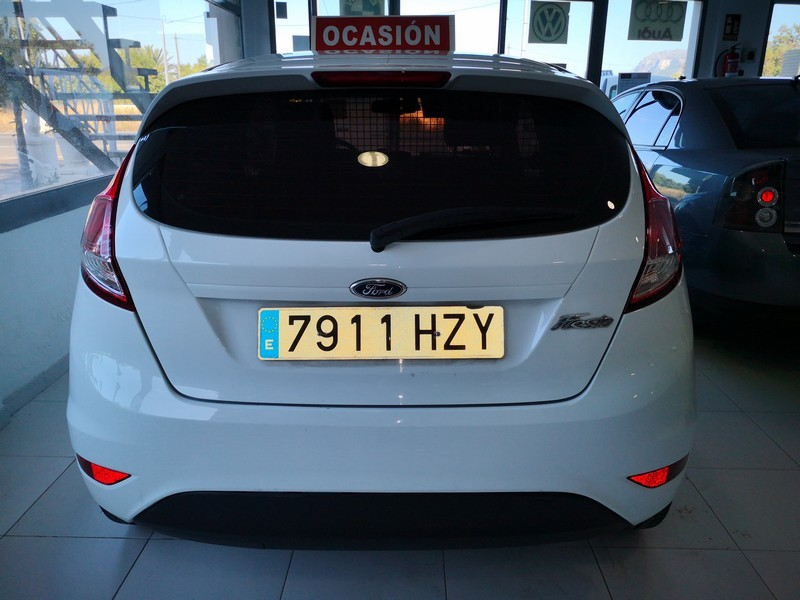 FORD Fiesta 1.5 TDCi  75cv  Trend  Comercial  69